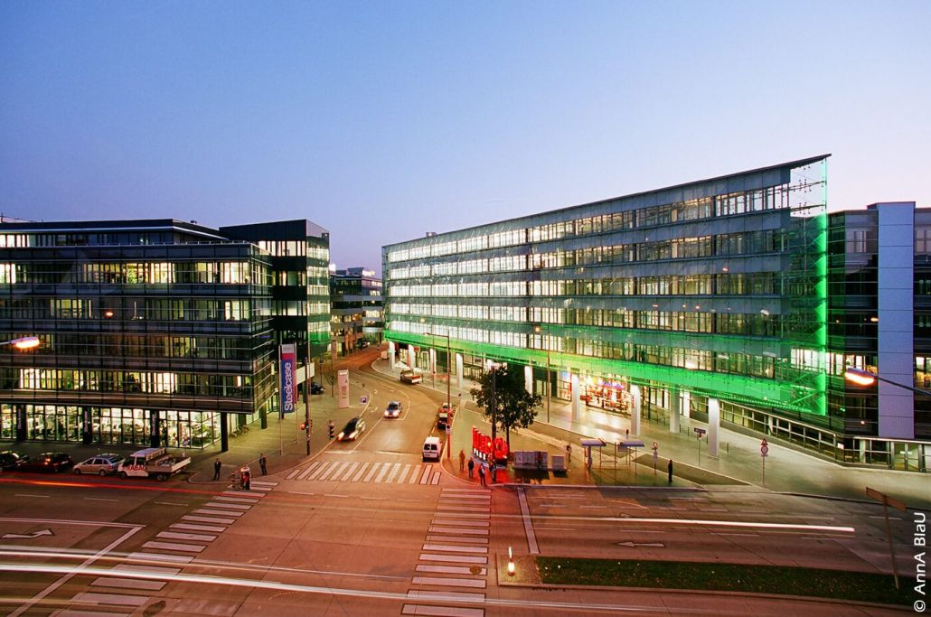 Euro Plaza IV